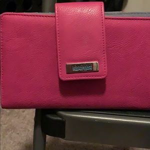 Pink Kenneth Cole Wallet New with tag